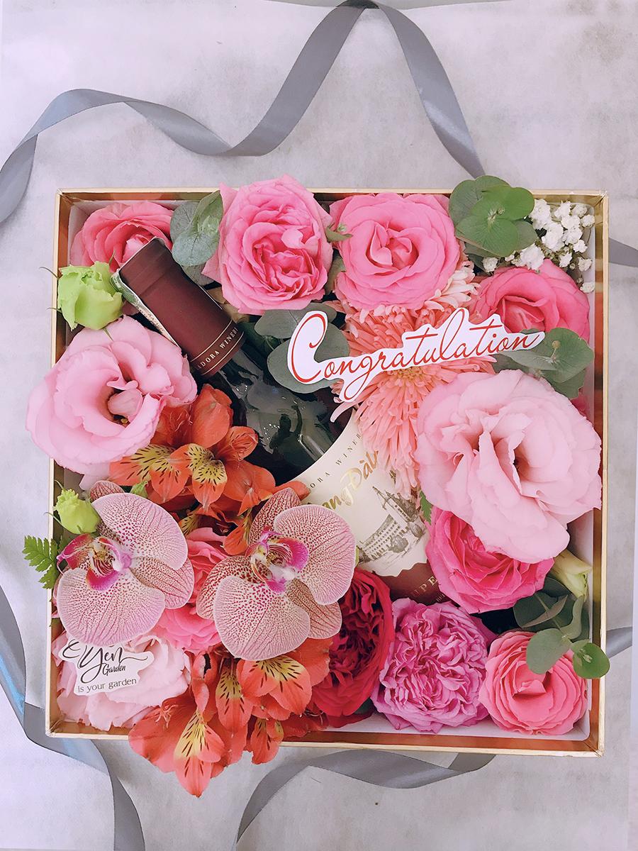 qua-tang-y-nghia-hoa-tuoi-yen-garden-0982299988